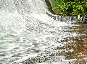 waterfall_restaurant