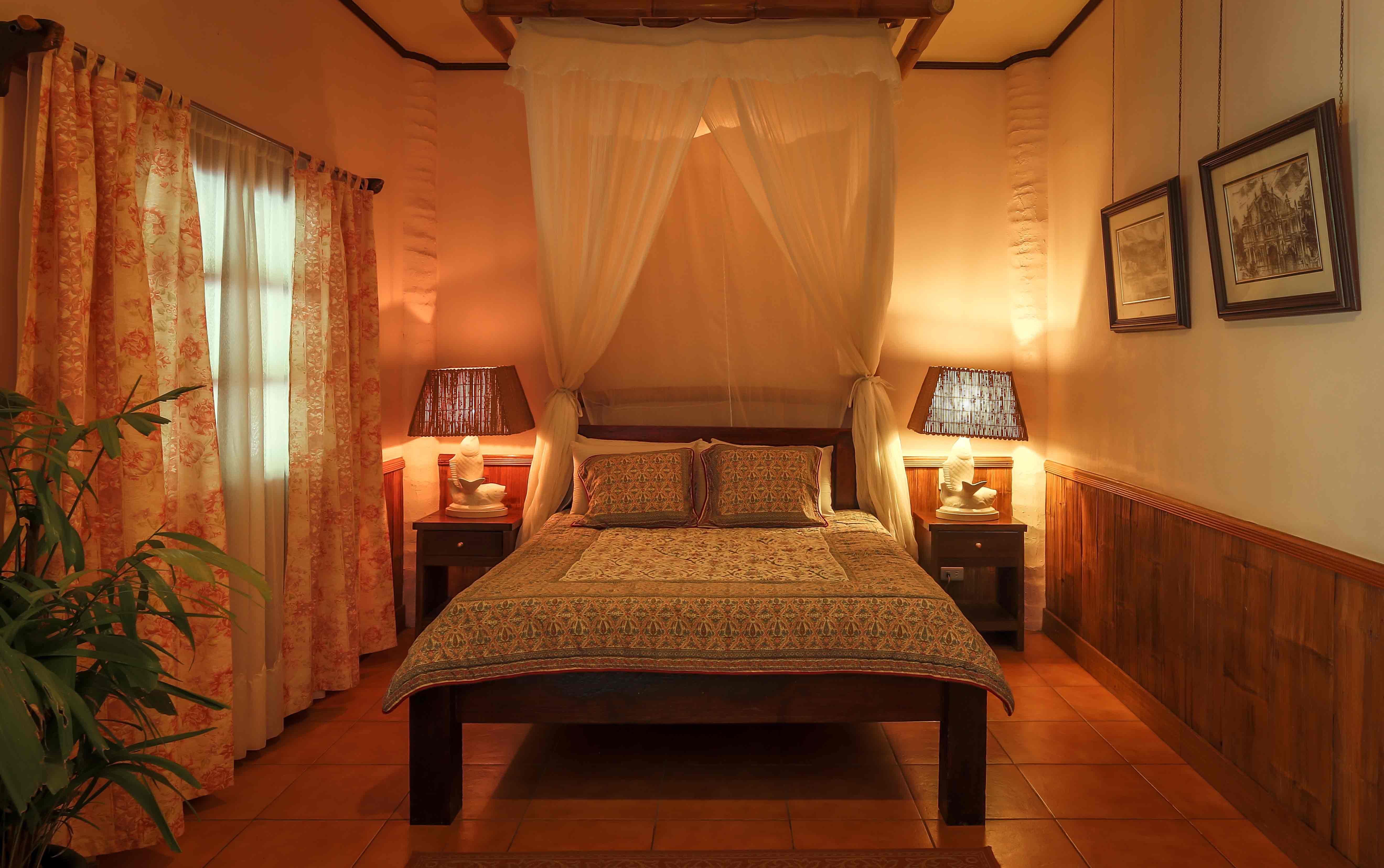 Gumamela suites villa escudero Villa escudero room pictures